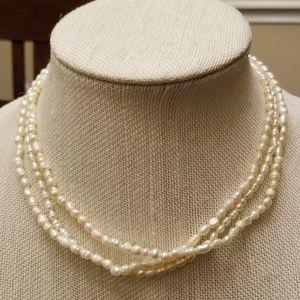 Vtg. Genuine Pearl Necklace